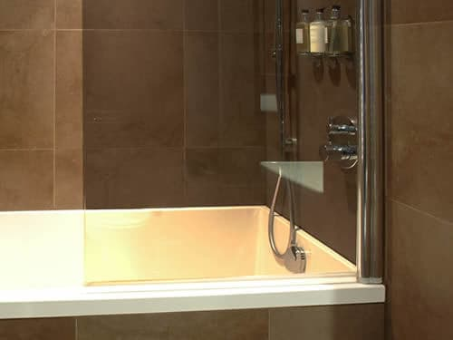 Call us to discuss a range of bath / shower screens