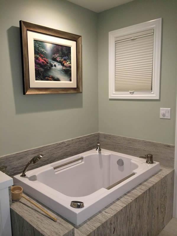 The Imersa Japanese-style deep soaking tub
