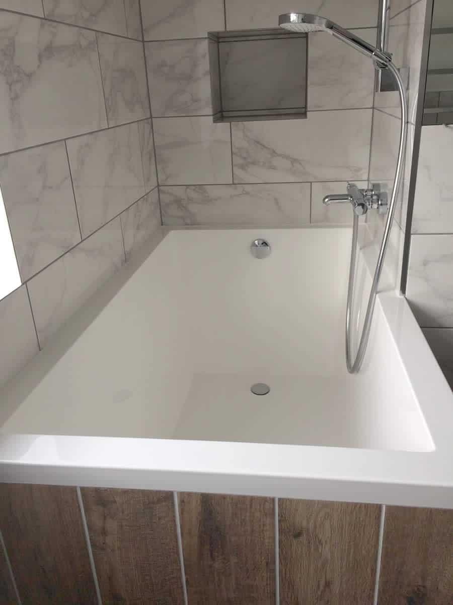 The minimalist interior of the Calyx Japanese soaking tub.