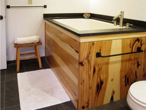 The Nirvana - a Japanese style deep soaking tub