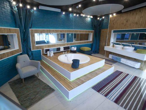 The Oberon circular bath in the Big Brother TV studio setting