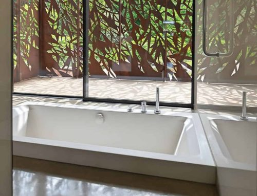 Double-ended Bath in Award-Winning Home